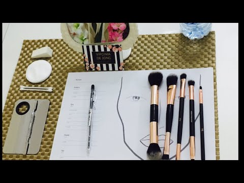My makeup studio ❤️💄