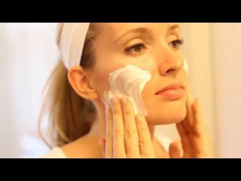 Best DIY Facial Treatment EVER!!! The Skin Magic Sour Cream Facial