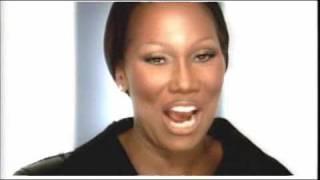 Yolanda Adams - Never Give Up {Video}