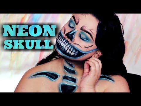 Neon Skull | Sarina Silva