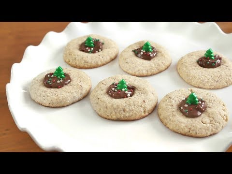 Thumbprint Nutella Christmas Cookies 🎄 | SweetTreats