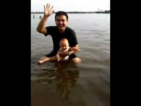 KOTARO ADITYA berenang pake coolababy