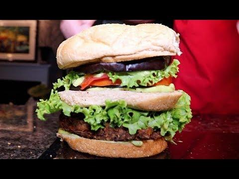 Homemade Ⓥegan Big Macs