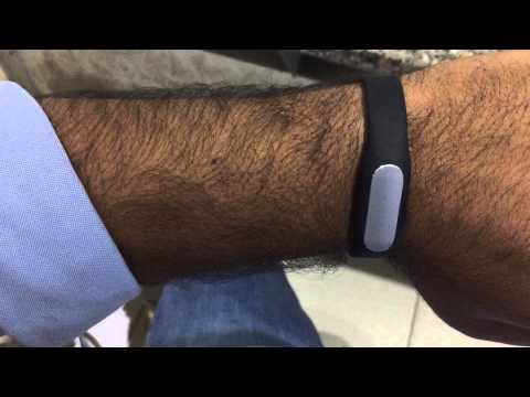 How to check you goal and status of steps on. XIAOMI MI BAND