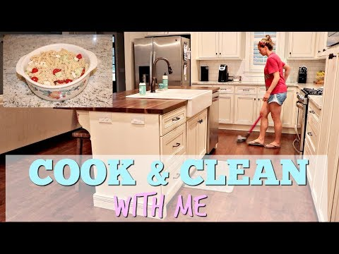 COOK AND CLEAN WITH ME // EASY SIDE DISH // GREEK PASTA SALAD