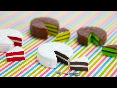 How to Make Doll Cakes