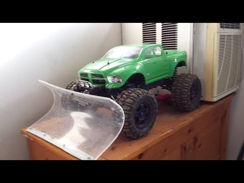 RC MC- Traxxas Summit w/ home made floating plow (DIY) $1.00 Build!!