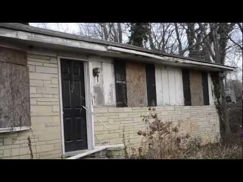 Exploring an Abandoned Hoarder House - NJ