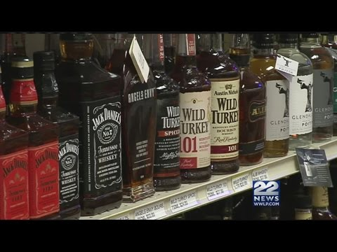 Bill would allow liquor stores to be open Thanksgiving Day