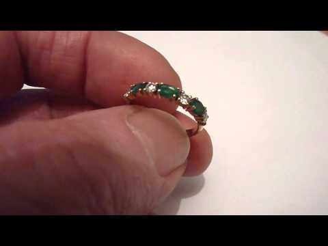 Quality Vintage 18 Carat Gold, Diamond & Emerald Half Eternity Ring. Size. N/O