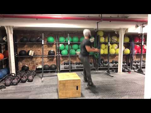 How to do a Depth Drop | Leg Plyometric Training for Athletes