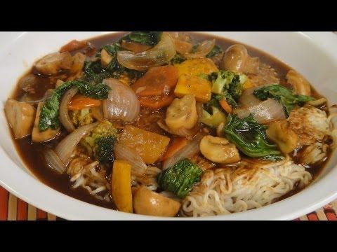 Pan Fried Noodles | Sanjeev Kapoor Khazana