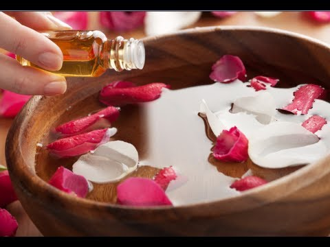 How to Make Essential Oils - Homemade Essential Oil Recipe
