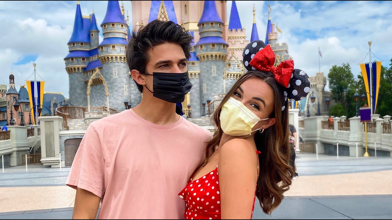 I WENT ON A HONEYMOON WITH MY BEST FRIEND!?