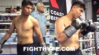 MIKEY GARCIA UNVEILS 140-POUND PHYSIQUE; CAN HE HANDLE NATURALLY BIGGER ADRIEN BRONER?