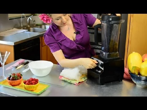 How to Puree Blackberries : Recipes & Cooking Techniques