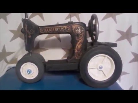 Damascus Sewing Machine / Tractor Lamp