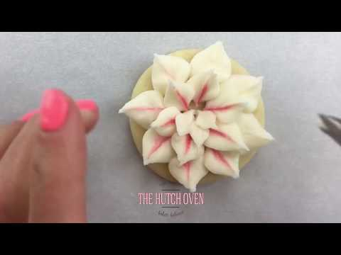 How to pipe a variety of buttercream flowers | collection of tutorials