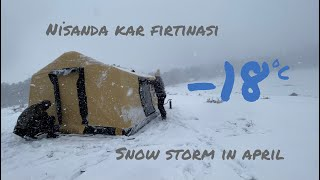 SNOW STORM WITH AIR TENT