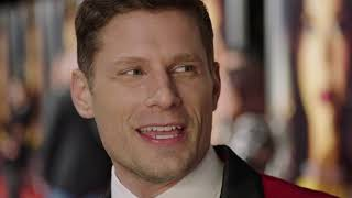 Download Miss Bala Red Carpet Interview with Matt Lauria - ″Brian″ Video