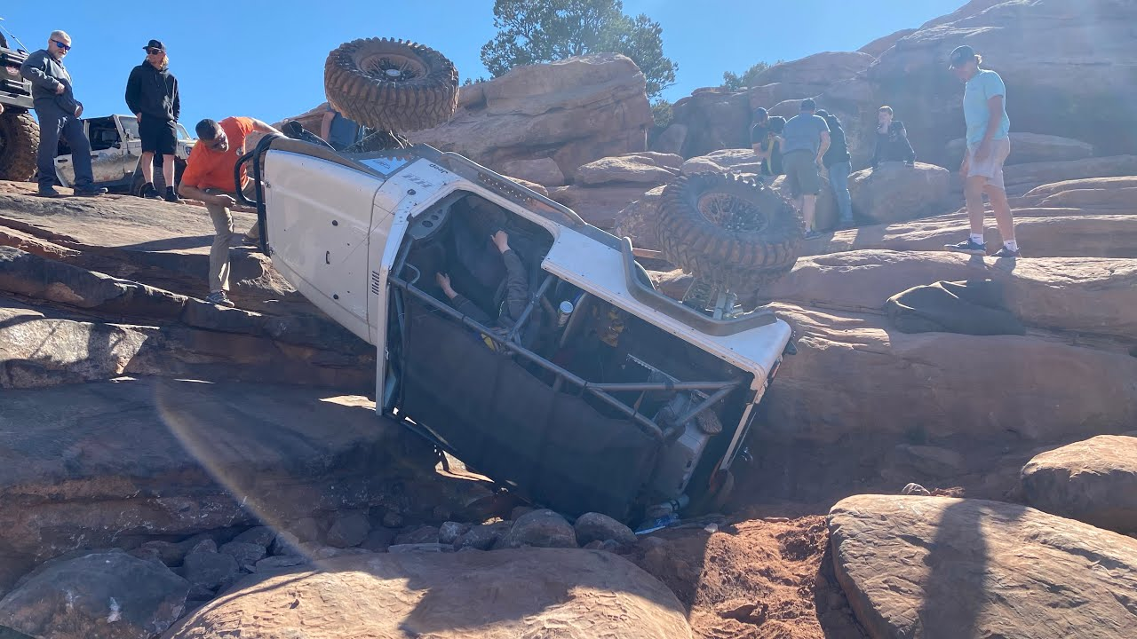 ROLL OVER!!! Rusty Nail and Gold Bar Rim Moab Easter Jeep Safari day 5