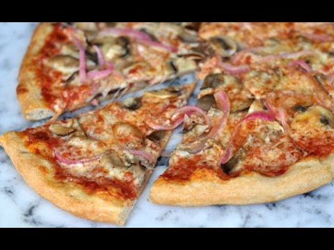 How to: Mushroom Pizza with Picked Red Onions