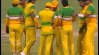 Australia vs Pakistan B&H Americas Challenge Cup WACA 1986/7 - Mujtaba clinches a 1 wicket win