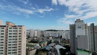 서울의 맑고 푸른 하늘  둘리구름