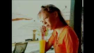 Νίκος Καρβέλας - Μπορώ - Official Video Clip