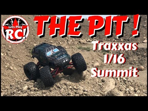Traxxas Summit 1/16 Gravel Pit Bash!