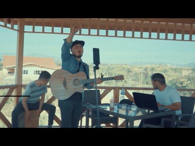 Download GOD BLESS THE BROKEN ROAD - JONATHAN LIANHNA MP3 Gratis