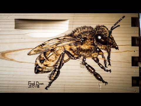 Burning a Guard HoneyBee on a MannLake Beehive with Pyrography How To Draw a Bee