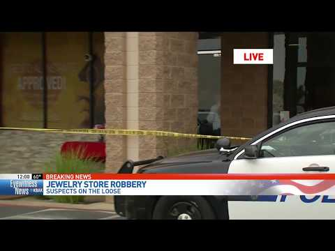 Bakersfield police: 3 smash cases in jewelry store robbery