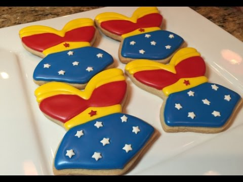 Wonder Woman Outfit Cookies(How To)