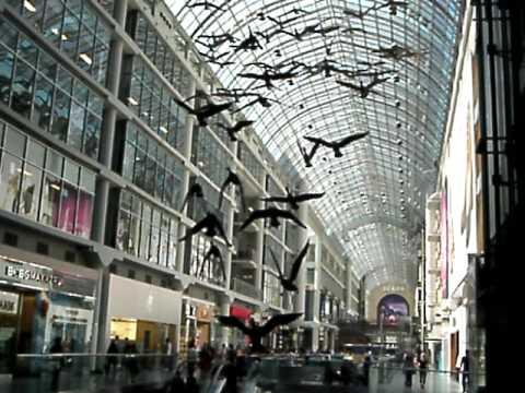 Eaton Center, shopping subterraneo de Toronto