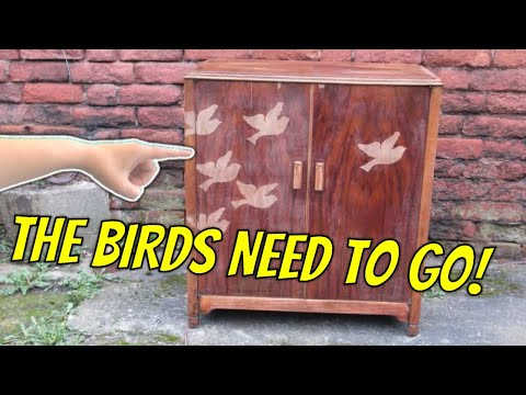 Stripping varnish from veneered wood furniture