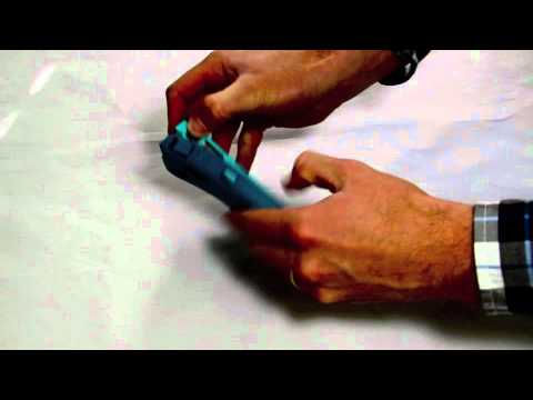 How to remove the OtterBox Defender for iPhone