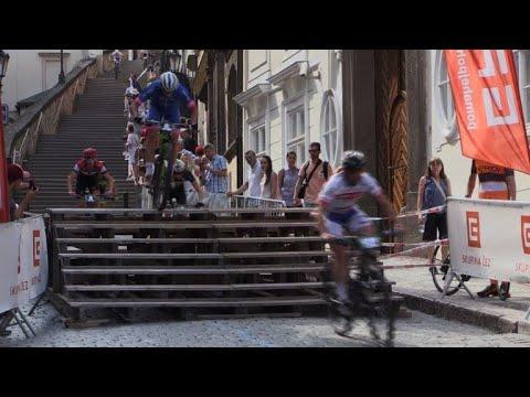 World's top mountain bikers brave Prague's historic stairways