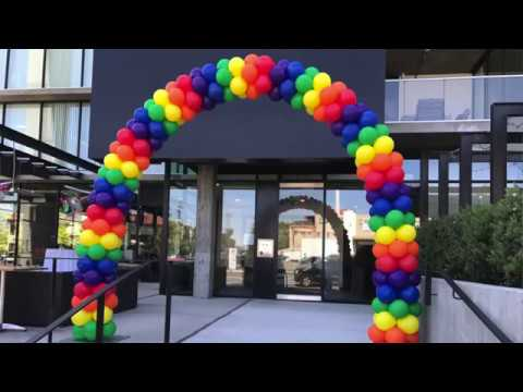Rainbow Arch - Transporting and Putting It All Together - Balloon Decor Tips and Tricks