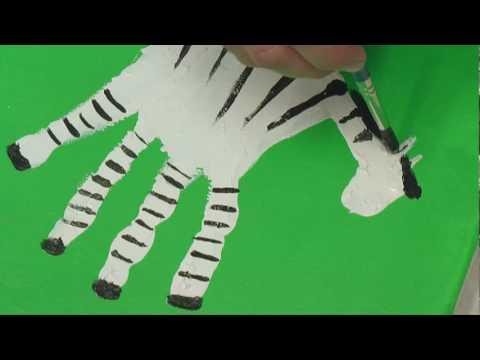 Art Lesson: How to Make Hand Print Safari Animals Using Acrylic Paint