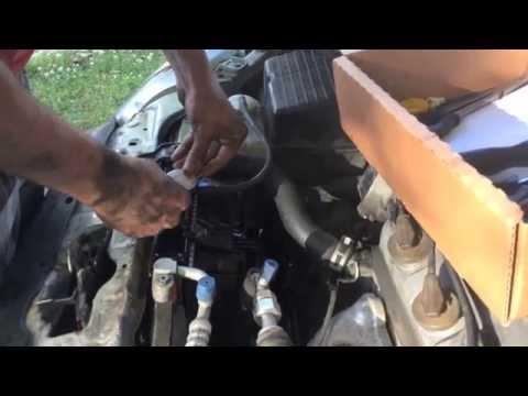 How to replace the radiator of a 2000 Honda Civic