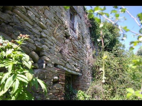 Old stone farmhouse with land - Cellino Attanasio, Abruzzo