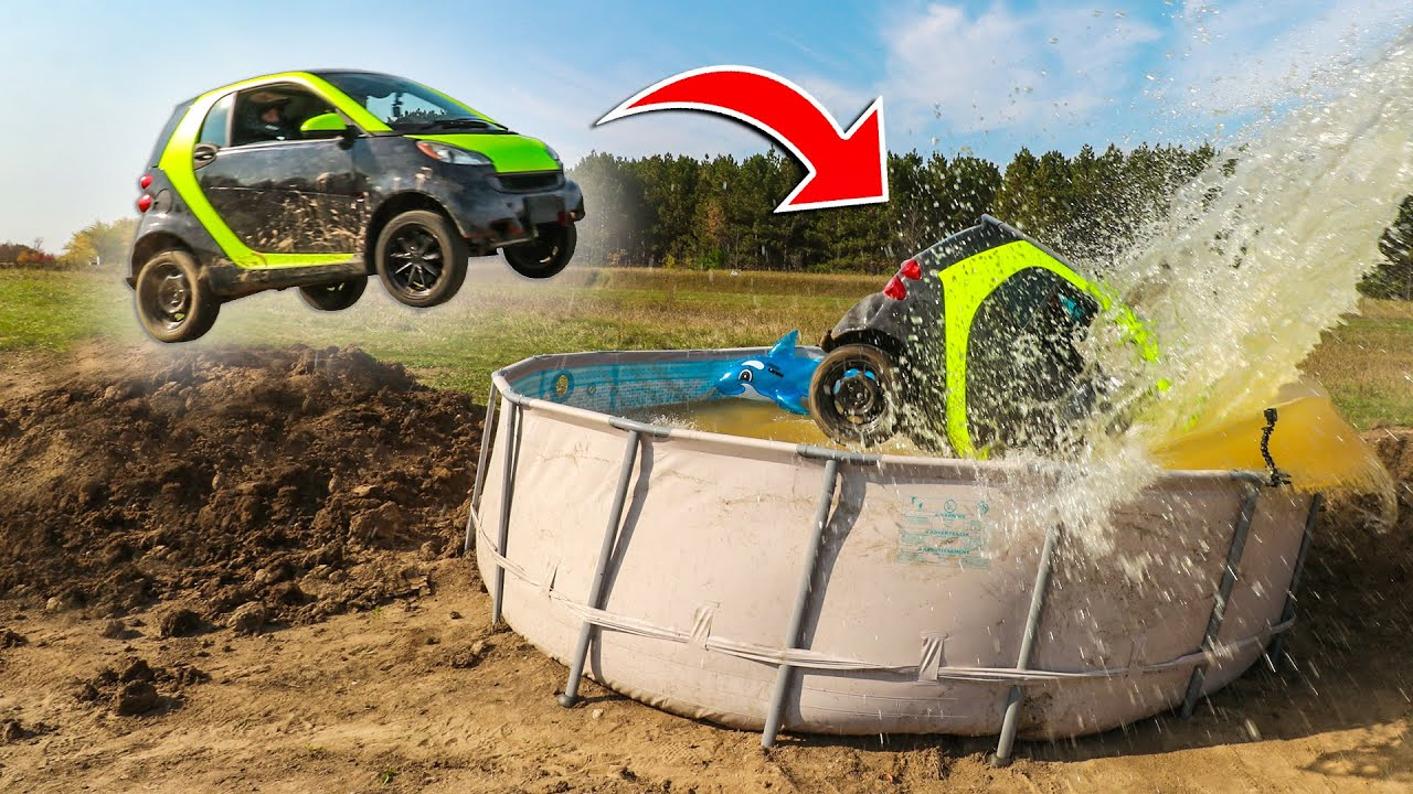 Smart Car Jump Over Pool (Fail)
