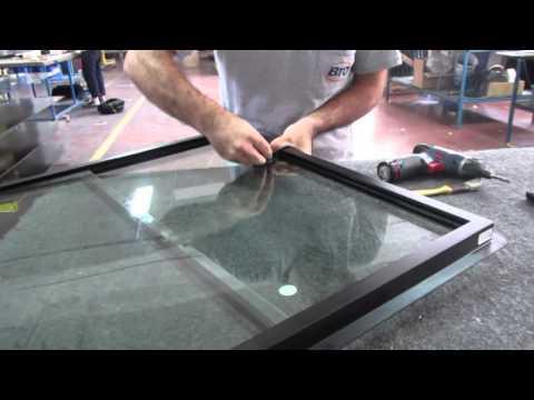 How to change glass on window