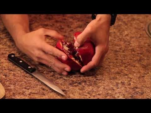 How to remove pomegranate seeds the easy way