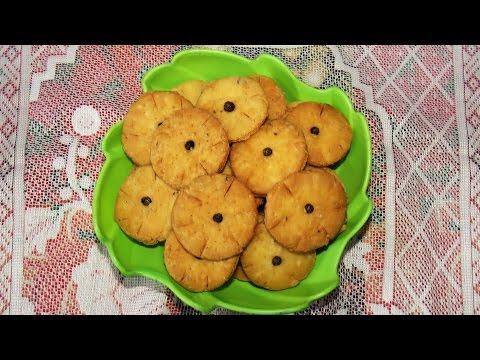 Delicious Namkeen Mathri Recipe ( mathi ) ( in Hindi )  by Jyoti Sachdeva .