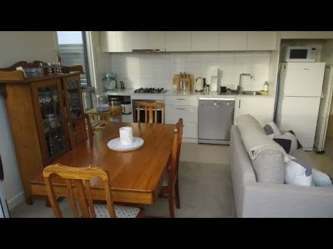 Apartments for Rent in Melbourne: Preston Apt 1BR/1BA by Property Management Companies in Melbourne