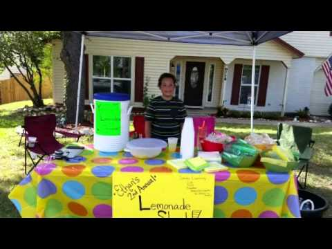 9-year-old raises $400 with lemonade stand