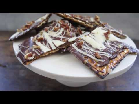 How to Make Matzah Toffee for Passover