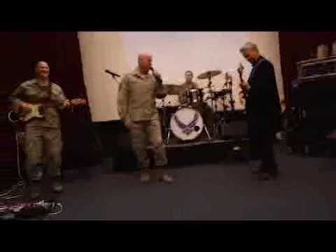Gary Sinise visits Air Force Band